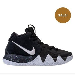 Boys Nike Kyrie 4 Basketball Shoes Size 7Y